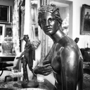 Aphrodite bronze