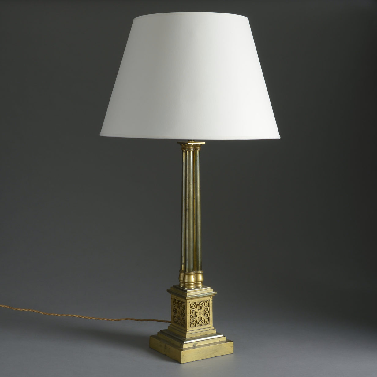 Brass Cluster Column Lamp