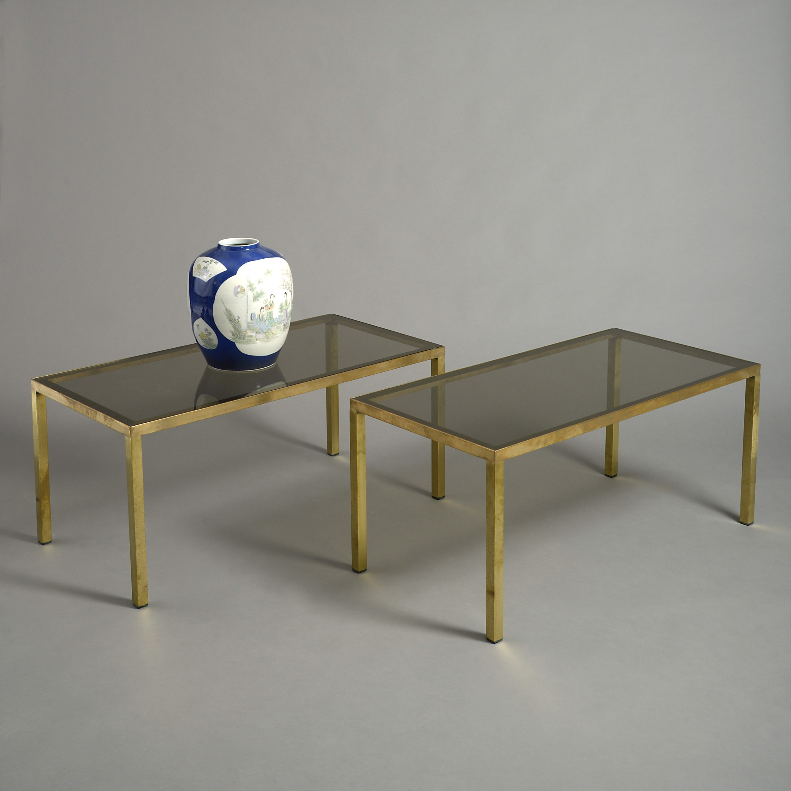 Picture of: A Pair Of Mid Century Rectangular Brass Coffee Tables Timothy Langston Fine Art Antiques