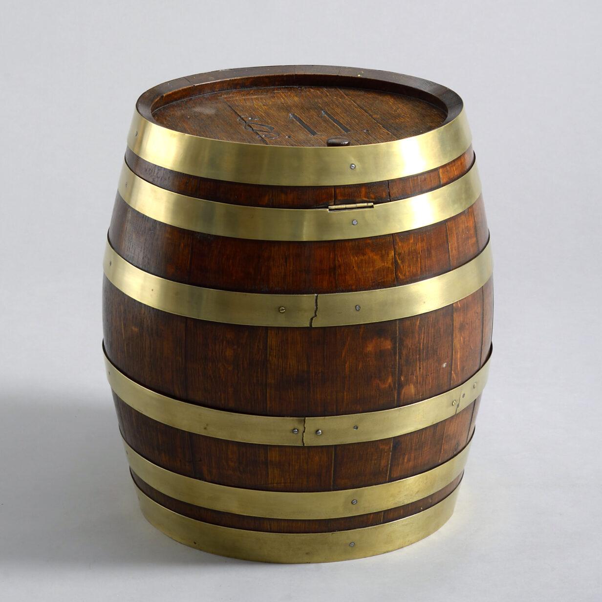 Novelty Oak Rum Barrel