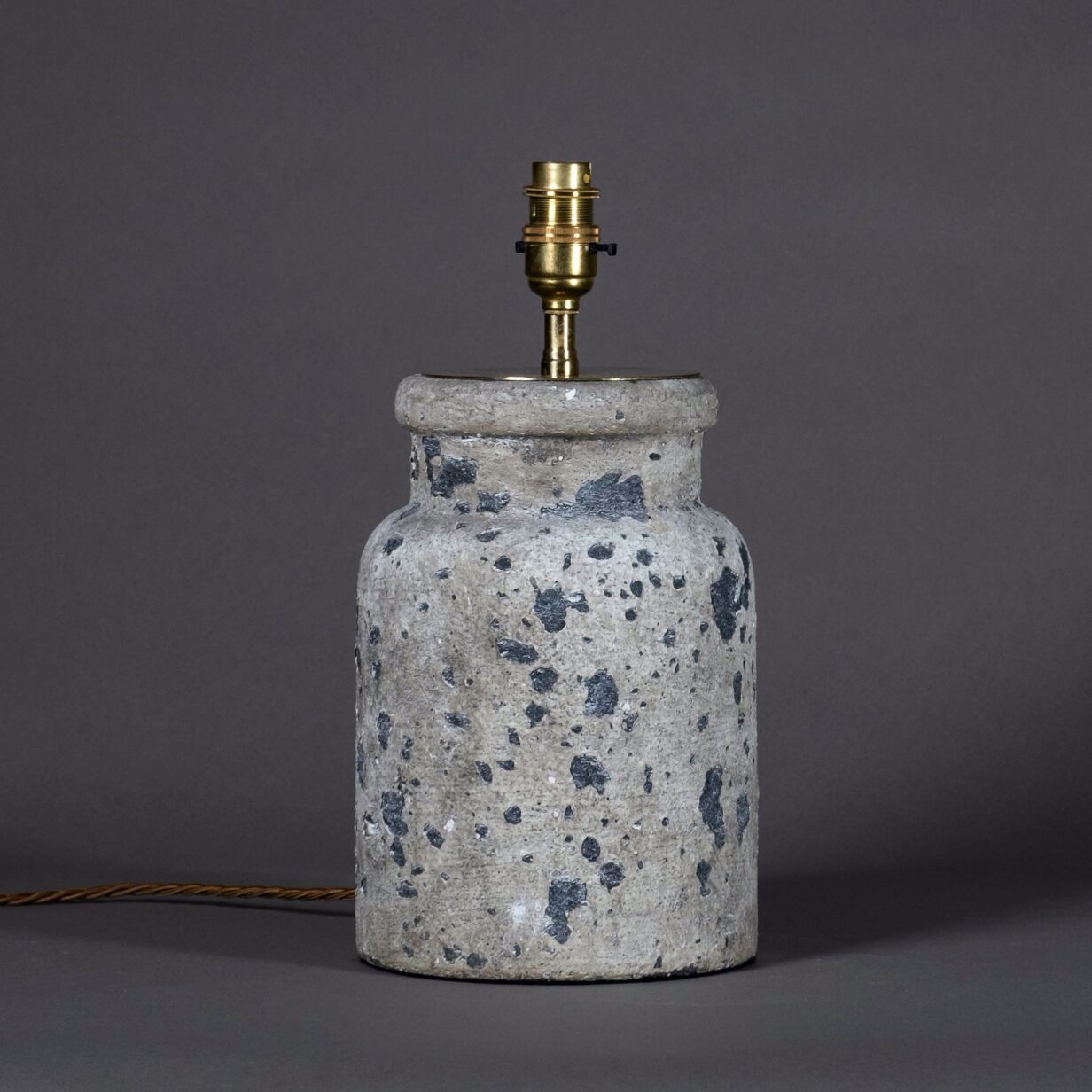 Stone Pottery Jar Lamp