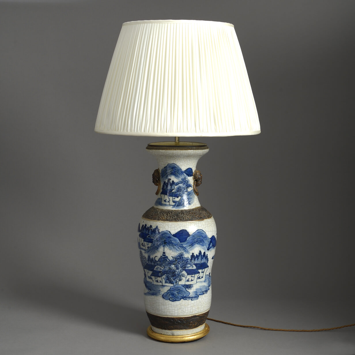 Crackleware Vase Lamp