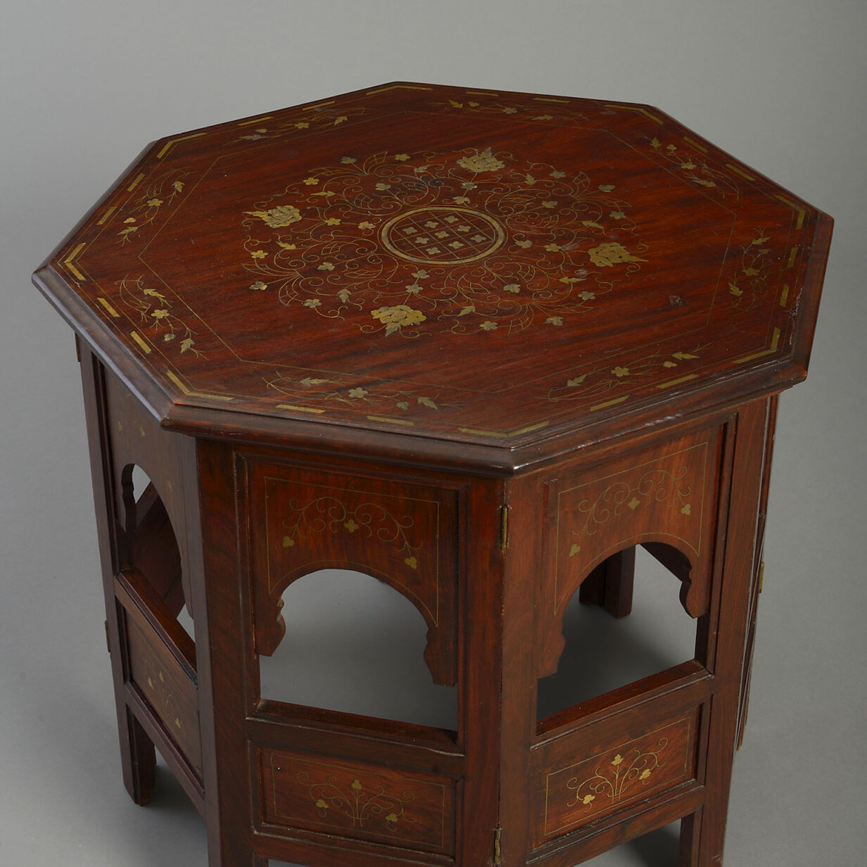 Octagonal Folding Table