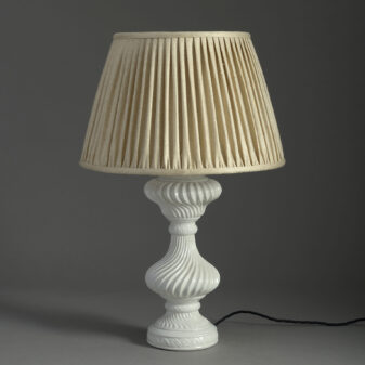 Ceramic Swirl Vase Lamp